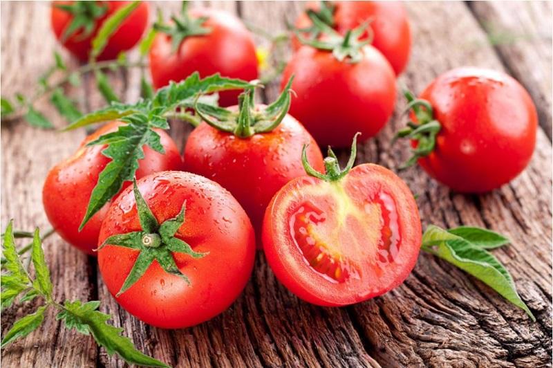 Ăn cà chua điều trị nám tàn nhang