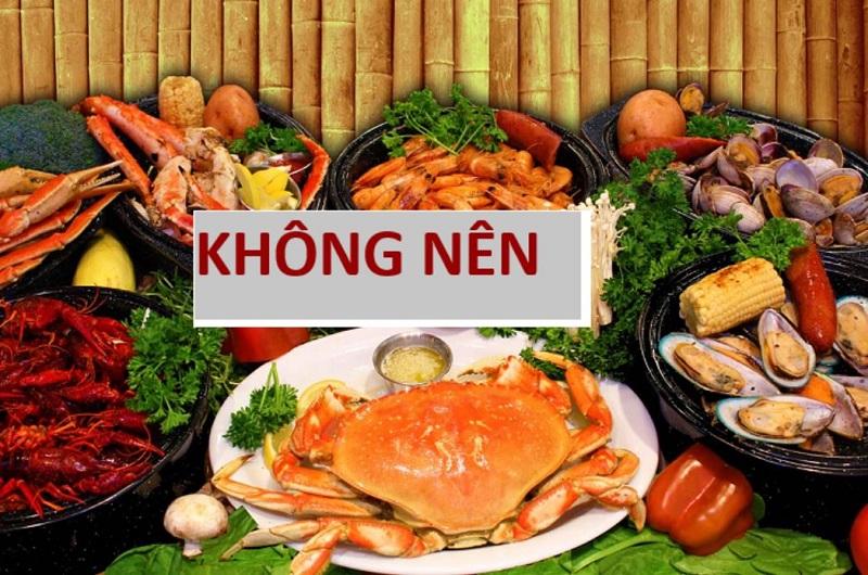 Bị nám tàn nhang không nên ăn hải sản